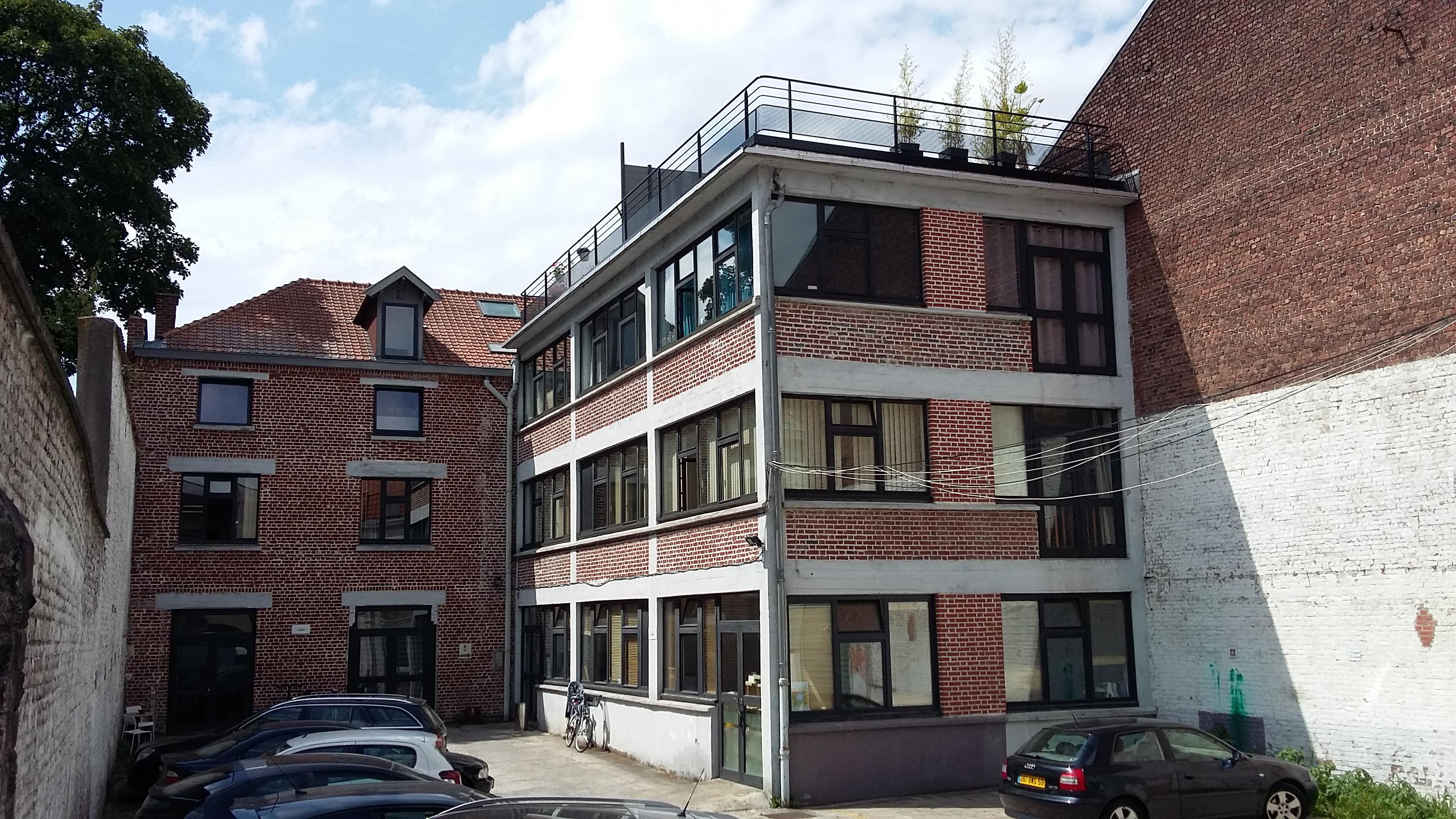 Plateau à vendre - 115 m2 - Jardin - Parking - Lille J.B. Lebas Image